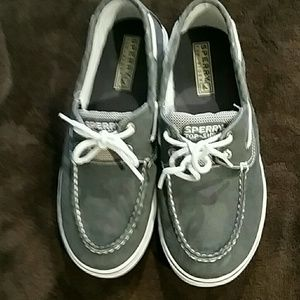 Sperry Top-Sider boys shoes, size 4.5M